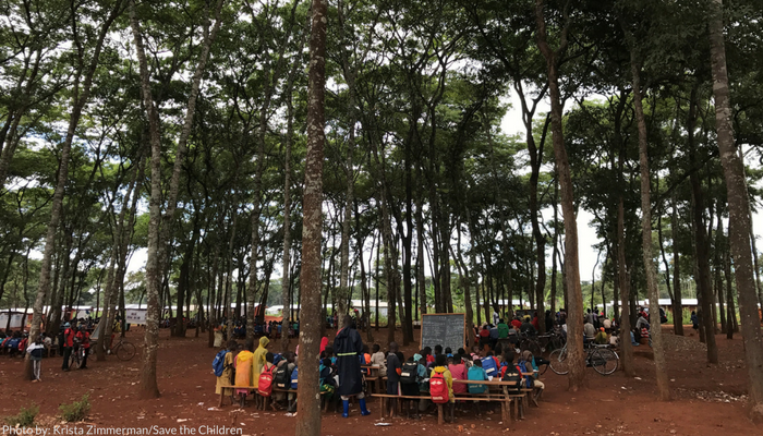 Children in the Nduta refugee camp attend school